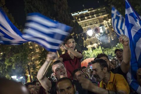 14 grecia debito 480x320